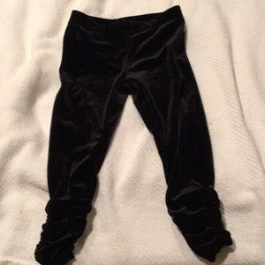 Black stretch legging w/ ankle gathers worn once